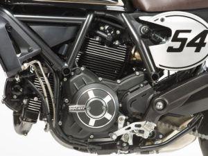 Detalle motor Scrambler Café Racer