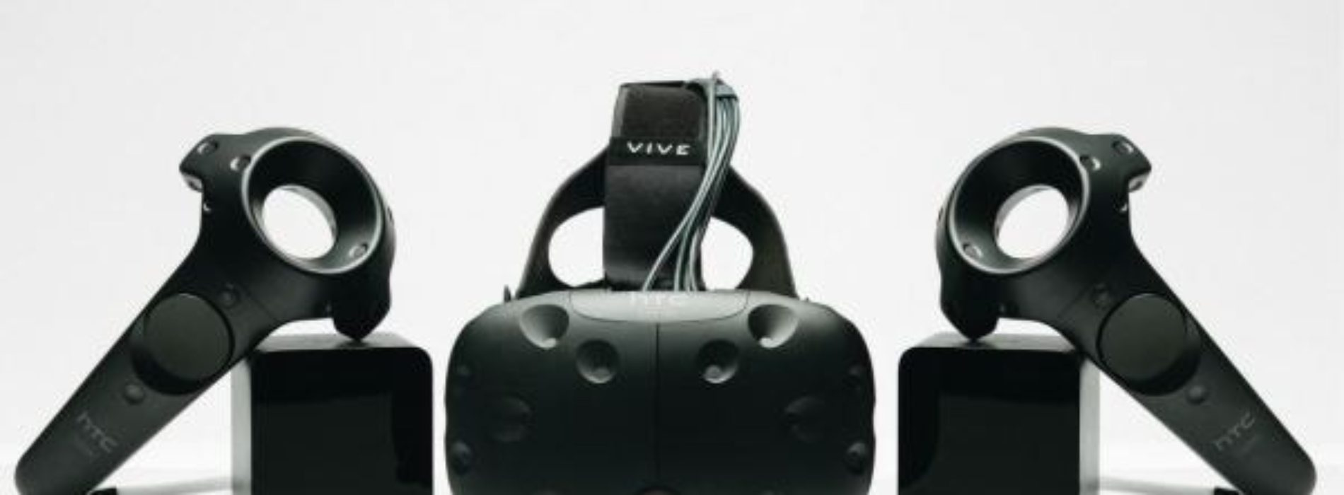 HTC presentó Vive Pre, la nueva versión de su realidad virtual